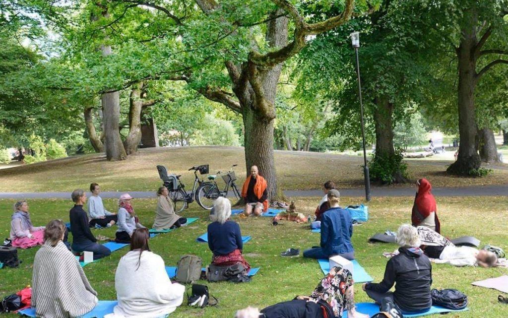Måndagsmeditation i Slottskogen